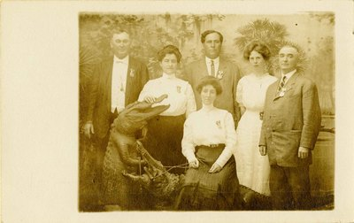 Postcard: Family Portrait with Taxidermied Alligator, Jacksonville, Florida 1900-1910