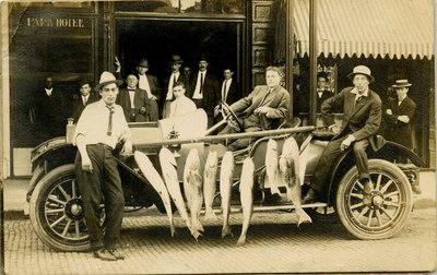 Postcard: Men with Automobile and Fishing Catch, Jacksonville, Florida